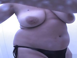 Hot Beach, Changing Room, Voyeur Clip Undiminished