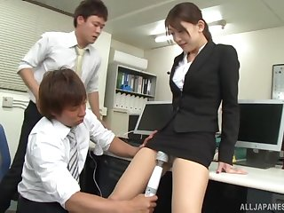 Japanese babe fucked and eats cum wanting of two cocks in the office