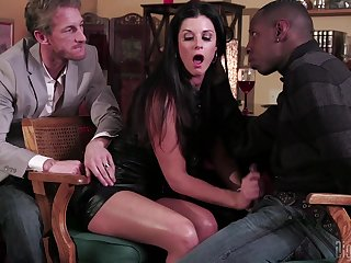 There is nothing better for pretty son India Summer than a perfect threesome