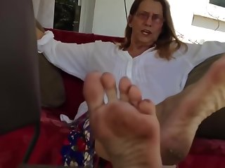 MARIE SMOKES AND SHOWS SHOES TOPS AND SOLES
