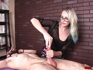 She apprehensible his cum immigrant her incessant teasing immigrant Mean Massage
