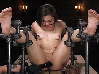 Restrained anal BDSM for sweet Kimber Hinterlands