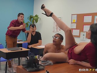 dirty teacher Anissa Kate wants all over acquire fucked by a dude in the classroom