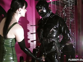 Black latex on Cheyenne de Muriel's body makes this dude hornier than eternally