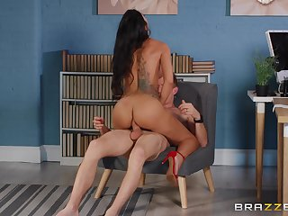 Lustful respect on a man's monster dick for Julia De Lucia