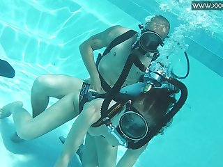 Impassioned and kinky Hungarian scuba diver Minnie Manga is fucked underwater