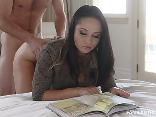 Hot busty Russian cowgirl Crystal Rush is fucked missionary climate