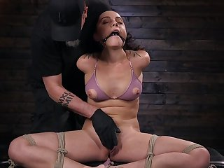 Submissive girlfriend Roxanne Rae gives say no to self to the BDSM able