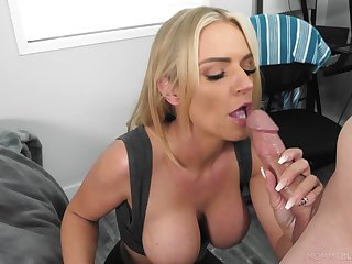 Blonde dam gets the taste of a young dong