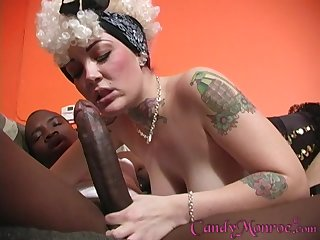 Black dude pleases soiled Bon-bons Monroe's pussy with his valiant penis