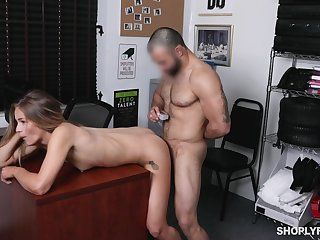 Shop lifter leaves the title-holder to fuck her pussy hard
