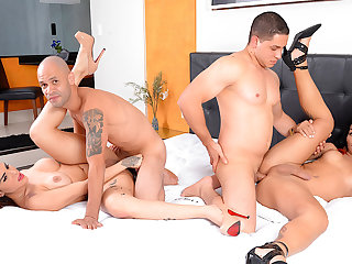 Wild Bareback Foursome with Thick Shemales Melyna Merli and Nicolly Pantoja