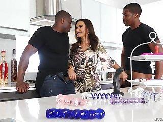 EvilAngel - Interracial double fucking Mommy I´d Like To Fuck Lisa Ann B B Cs - Lisa - lisa ann