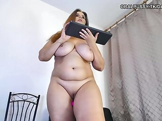 Chubby milf cheated pinch pennies with shagging machine