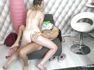Naked lesbians provides awe-inspiring amateur oral sex scenes