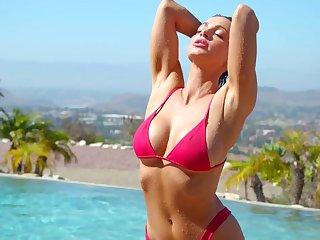 Bikini models taking a sinking in the pool and having bull dyke trilogy