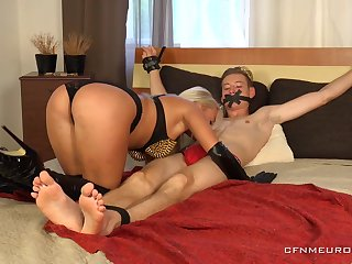 Sexy Daisy Lee is a beautiful mistress lose one's train of thought loves punishing men