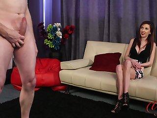 CFNM video of Ella Rose watching an amateur dude stroke his penis
