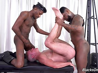 Hottest interracial gay anal bang with Dale Savage, Deepdicc with the addition of Mr. Cali
