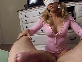 Young amateur begs to be fucked harder and takes cumshot