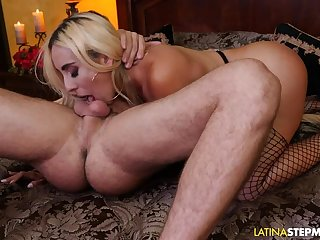 Latina Stepmom Kylie Kingston Fucks Say no to Stepson
