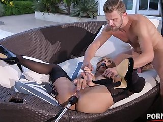 Fetish Play Outdoors