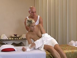 Erotic palpate leads in lustful sexual intercourse with gorgeous Czech blonde Ander Strength